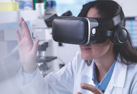 4 Techs Ophthalmologists Focus On