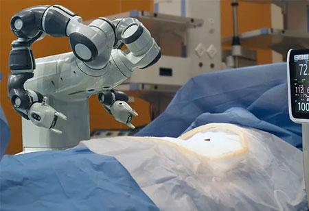 How Robotics Help in Treatment of Trauma and Orthopaedics