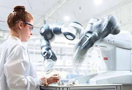 How are Robots Enhancing Cost and Efficiency of Medtech Manufacturing?
