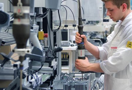 How Technology is Transforming Medical Device Manufacturing
